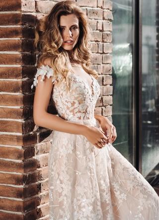 Свадебное платье Dense