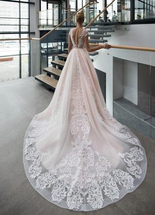 Свадебное платье Enigma