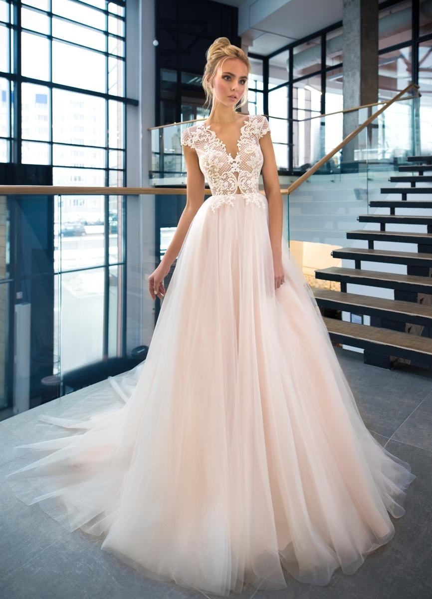 d81c1fe6365 Свадебная мода уже давно отошла от белого цвета