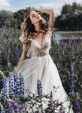 Свадебное платье July